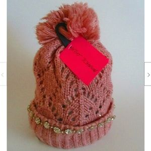 Betsey Johnson On the Rocks Pom Pom Hat Beanie NEW